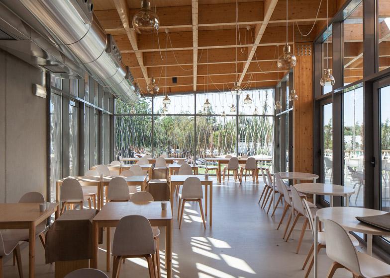 Ozadi Hotel by Campos Costa Arquitectos