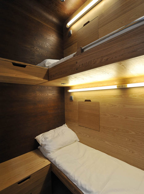 dezeen_Sleepbox-by-Arch-Group_17