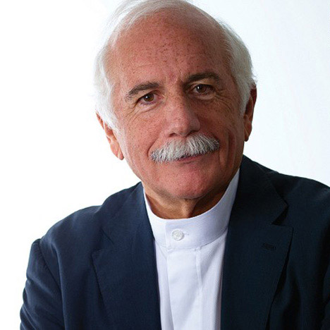 Moshe Safdie to receive the 2015 AIA Gold Medal