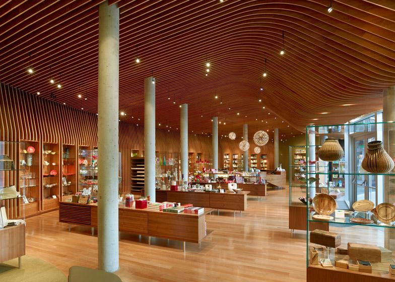 Crystal Bridges Museum of American Art; Bentonville, Arkansas, by Marlon Blackwell Architect