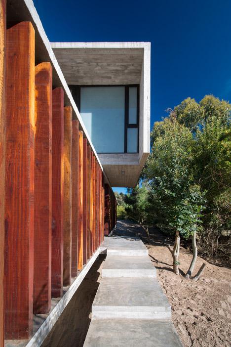Casa MR by Luciano Kruk