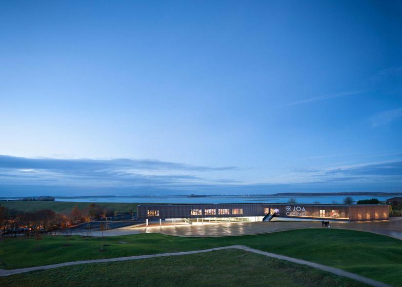 Casino du Lac e Der by Data Architectes