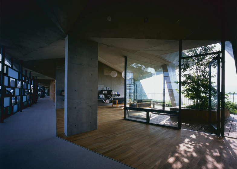 Eco-Thon Hotel in Lake Biwa by Ryuichi Ashizawa Architect & Associates