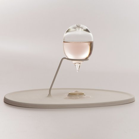 Charline Ronzon-Jaricot designs glass apparatus to capture olfactory memories