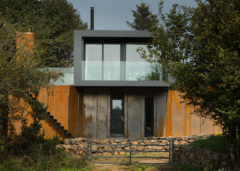 Grillagh Water House by Patrick Bradley Architects