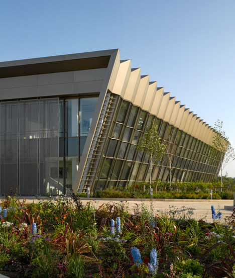 Hixton laboratory in Cambridgeshire by Abell Nepp
