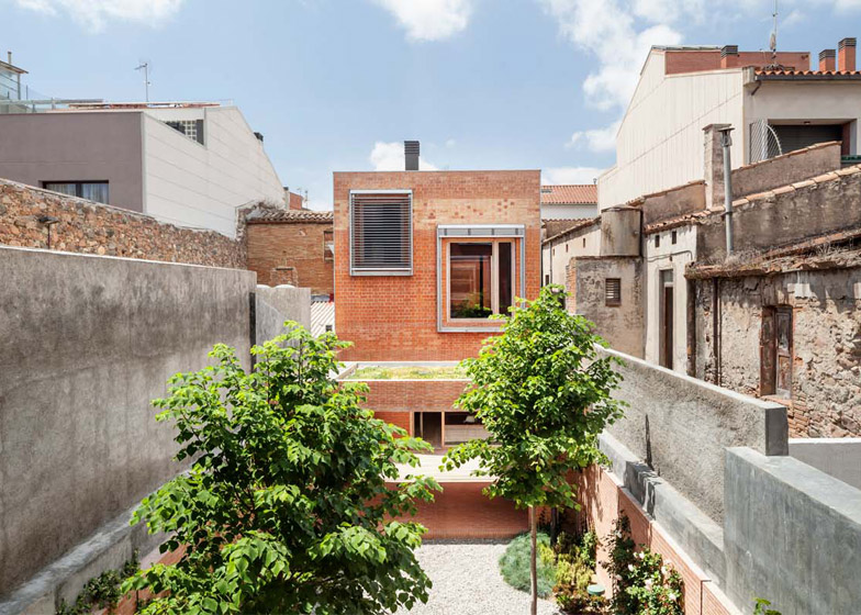 of house in barcelona by h arquitectes