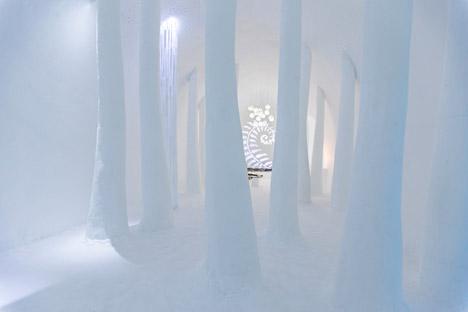Icehotel-2015-Jukkasjarvi-Sweden_dezeen_468_24
