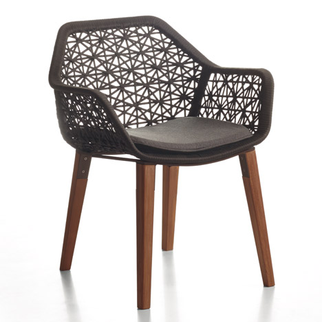 patricia urquiola refreshes maia outdoor furniture with. Black Bedroom Furniture Sets. Home Design Ideas