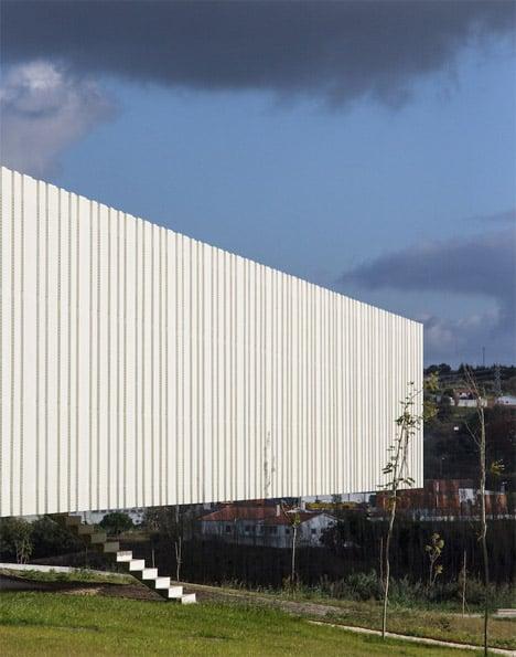 Óbidos Technological Park Main Building by Jorge Mealha