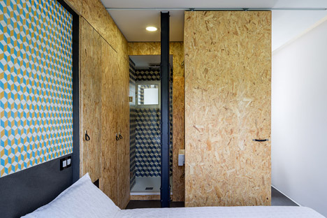 Pop-up House by TallerDE2 Architects