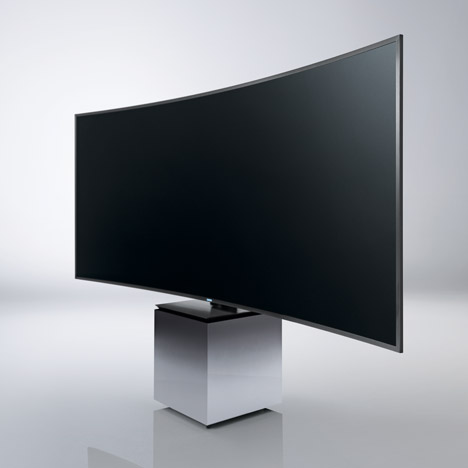 Yves Behar mounts Samsung's<br /> curved TV on a pedestal