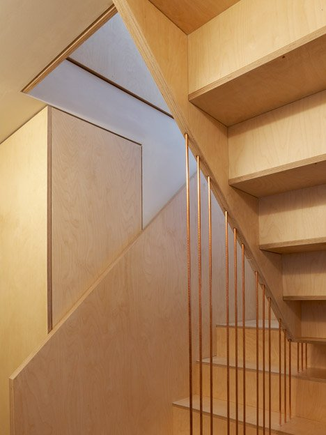 Split Level Apartment, Snaresbrook by Carl Trenfield Architects