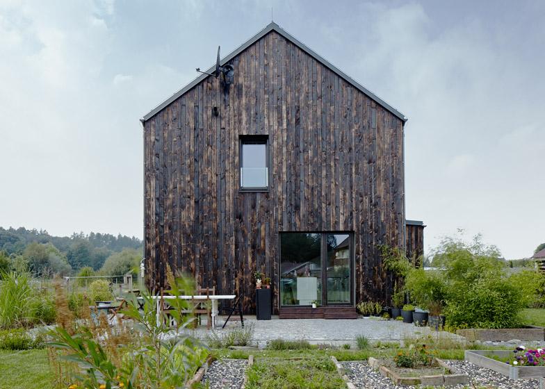 The Carbon by Mjölk Architekti
