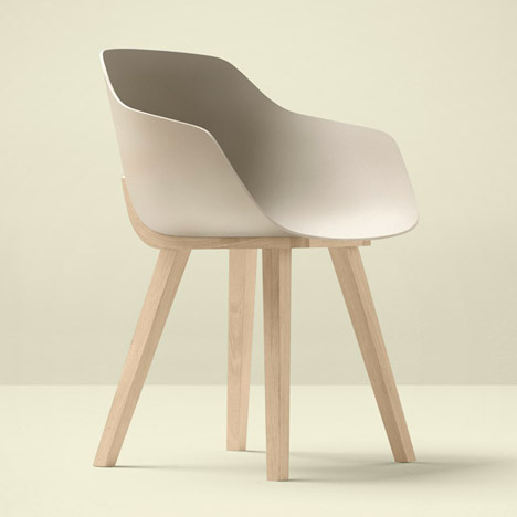 "Jean Louis Iratzoki designs ""first bioplastic chair"""