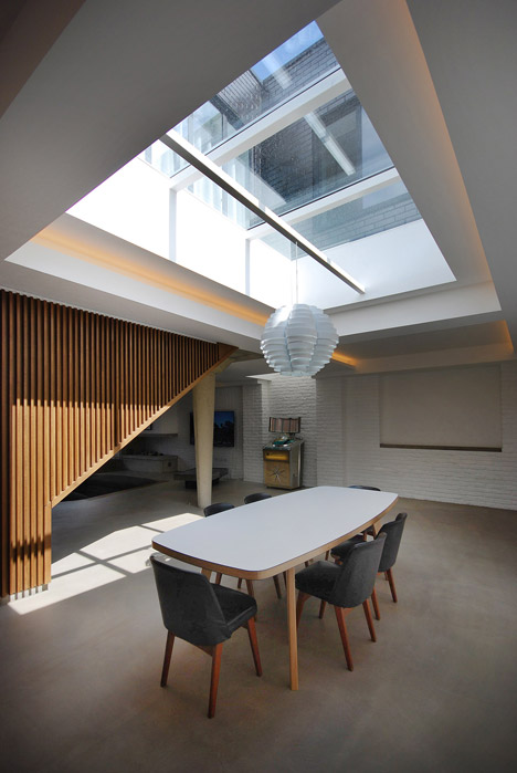 The Gables Primrose Hill Loft by Patalab Architecture