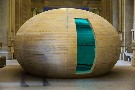 Trojan Egg, Porto by Camilo Rebelo