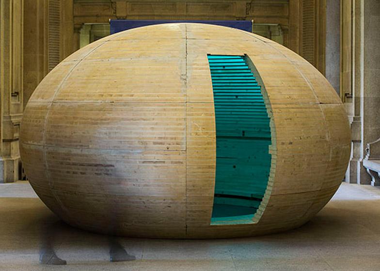 Trojan Egg, Porto by Camilo Rebelo