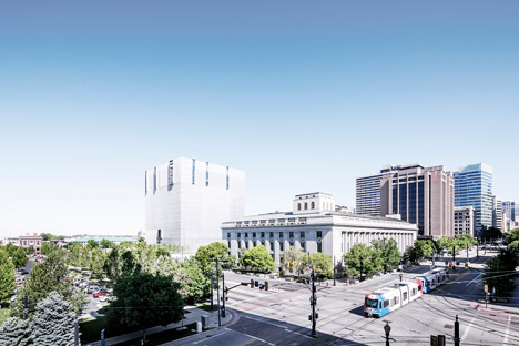 United-States-Courthouse-by-Thomas-Phifer-and-Partners_dezeen_468_1
