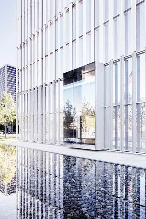 United-States-Courthouse-by-Thomas-Phifer-and-Partners_dezeen_468_18