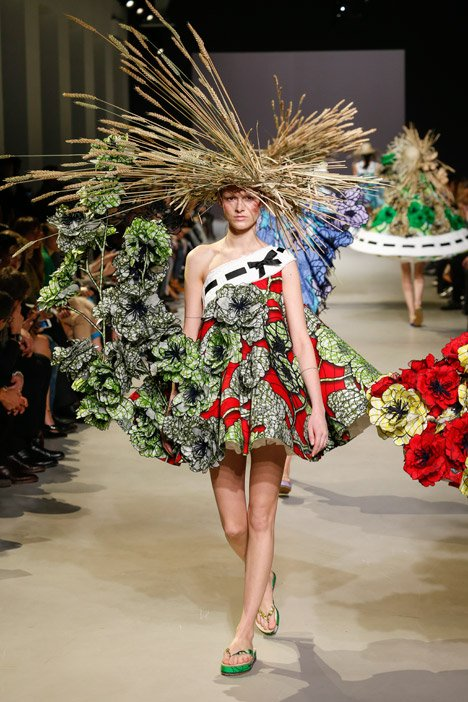 Viktor&Rolf haute couture Spring Summer 2015 Paris Fashion Week