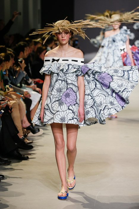 Viktor&Rolf haute couture Spring Summer 2015 Paris Fashion Week