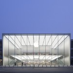 Foster + Partners completes Apple store in Hangzhou, China