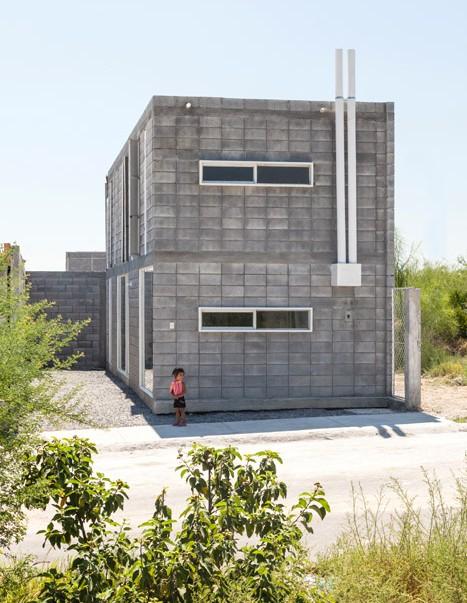 casa caja by comunidad vivex sar