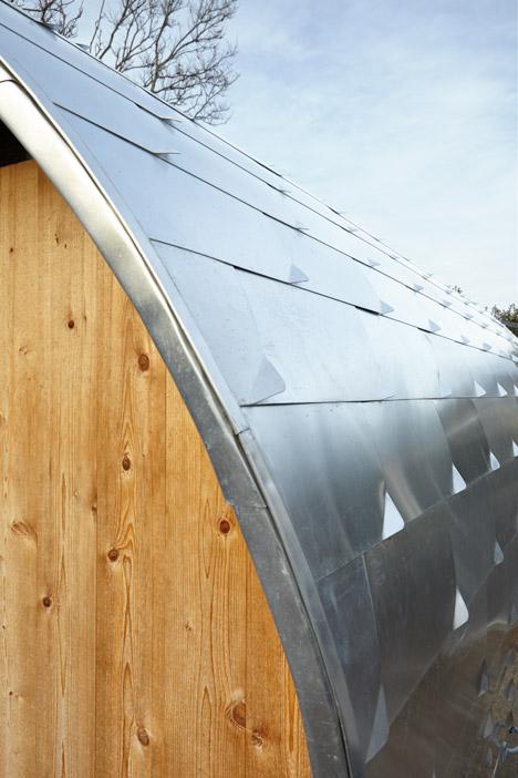 Chicken-Coop-by-Architecture-Research-Office_dezeen_468_2