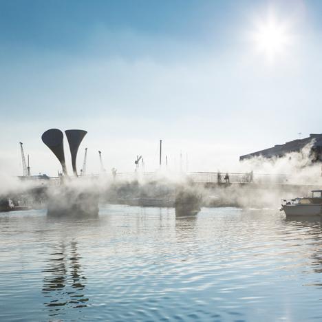 Fujiko Nakaya hides Bristol bridge inside a blanket of fog