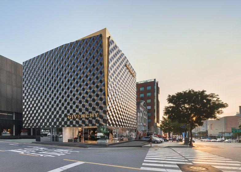 Givenchy flagship store in Seoul by Piuarch