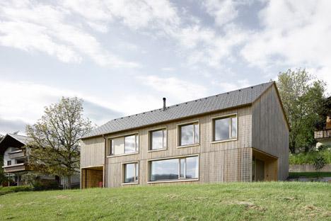 Haus-Fur-Julia-Und-Bjorn-by-Innauer-Matt-Architekten_dezeen_468_2