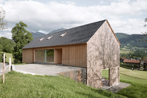 Haus-Fur-Julia-Und-Bjorn-by-Innauer-Matt-Architekten_dezeen_468_3