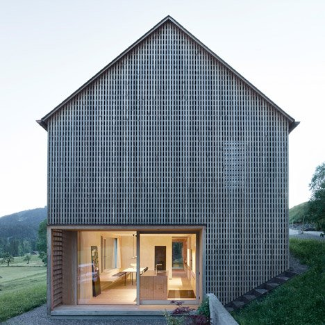 Haus-Fur-Julia-Und-Bjorn-by-Innauer-Matt-Architekten_dezeen_SQ01