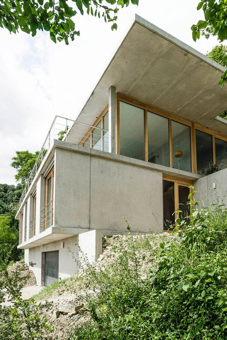 House on a Slope by Gian Salis