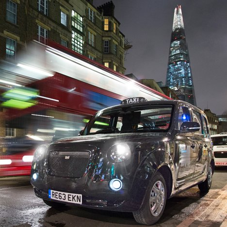 London's first electric black cab approved for fare-paying passengers