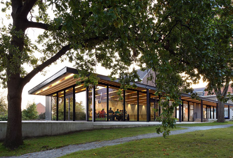 Moorsel Community Centre by De Kort Van Schaik Van Noten