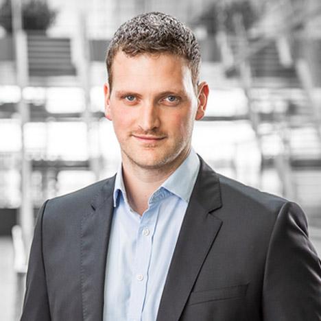 Robert-Melville-chief-designer-McLaren_dezeen_sq