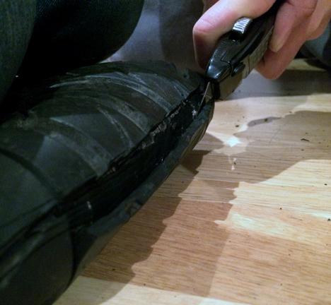 Soled-tyre-footwear-by-Jena-Kitley-Alani-Fadzil-and-Lauren-Joseph_dezeen_3