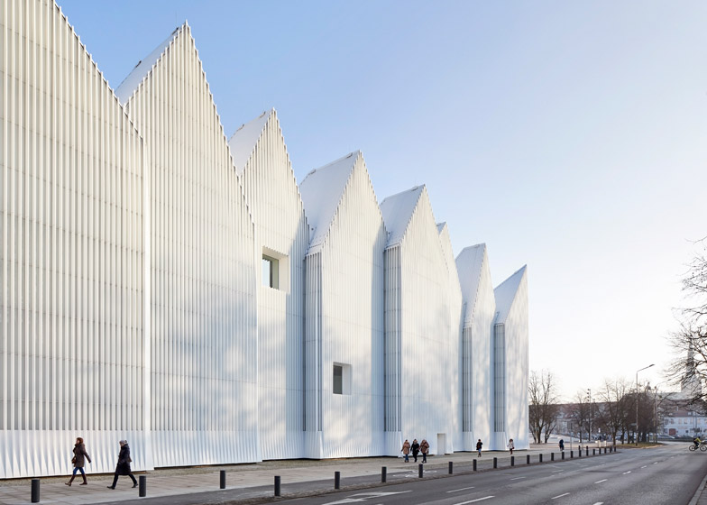 Szczecin concert hall photographed by Hufton + Crow
