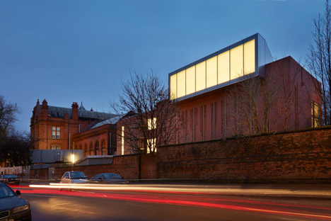 The Whitworth, Manchester by MUMA