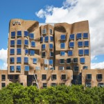 "Frank Gehry's ""paper bag"" business school opens in Sydney"