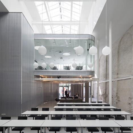 Valencia-by-Dorte-Mandrup-arkitekter_dezeen_SQ02