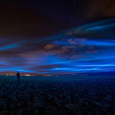 Daan Roosegaarde's Waterlicht installation<br /> mimics northern lights in Dutch skies