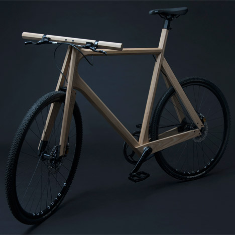 "Woodworker designs solid ash bike for ""exceptional comfort"""