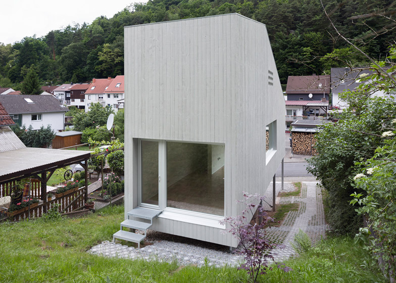 Micro house by Architekturbro Scheder is raised up on stilts