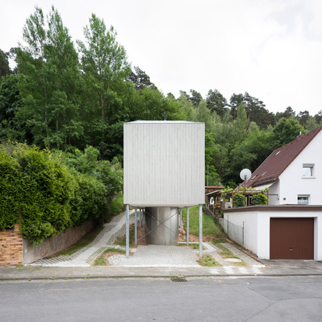 A-small-house-by-Architekturburo-Scheder_dezeen_SQ01