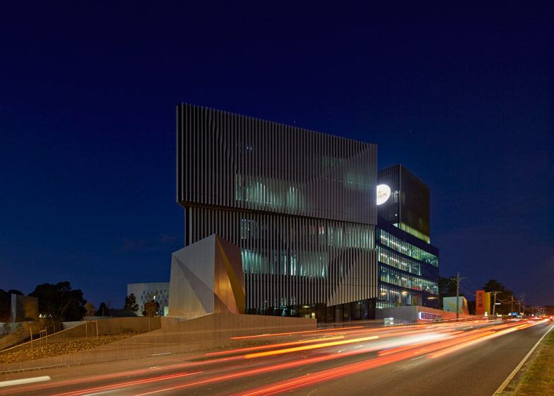 Burwood Highway Frontage Building by Woods Bagot