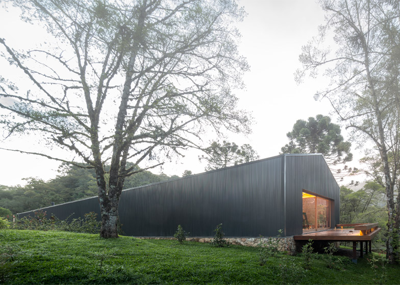 Casa Mororó by Studio MK27