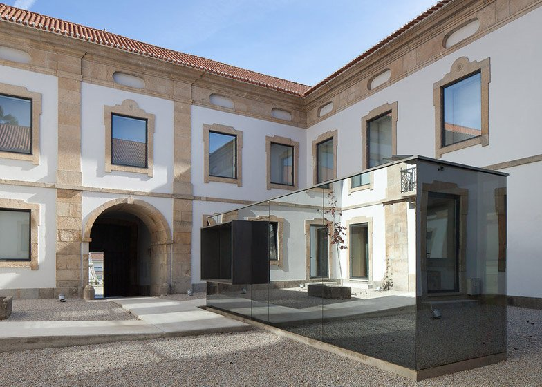 Cultural House of Pinhel by depA
